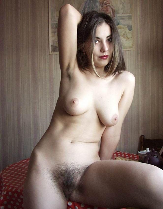 Hairy Amateur Rhiannon 1