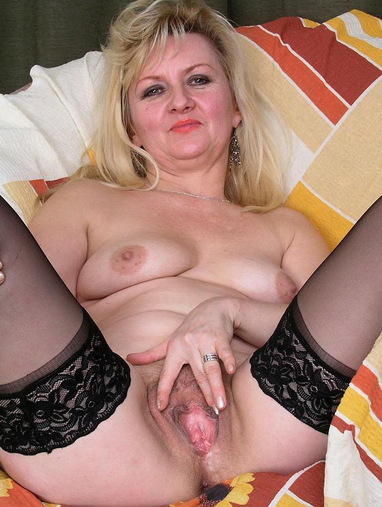 Голые женщины в возрасте за 35 лет. частное интим фото обнаженной бабы.