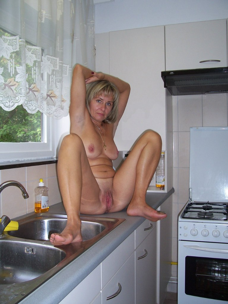 Blondes in stockings porn watch