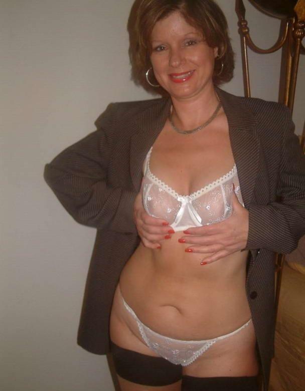 смотреть порно фото зрелых женщин в нижнем белье бесплатно