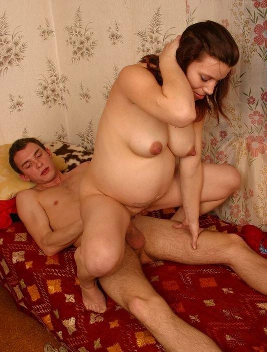 Любительская порнуха. Занимаюсь сексом с беременной женой (16 фото). Порн